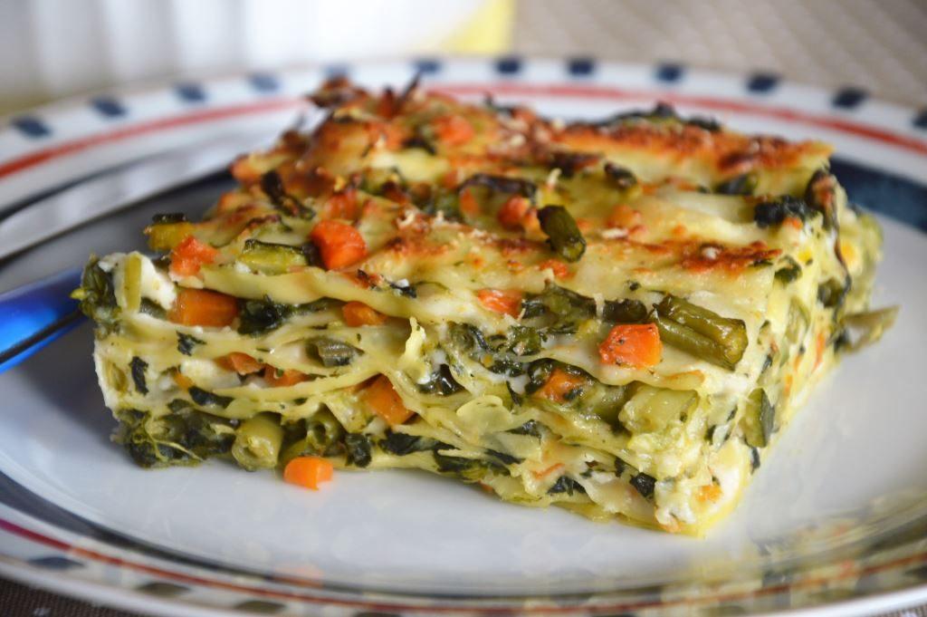 Lasagne Z Warzywami I Sosem Beszamelowym Polka We Wloszech